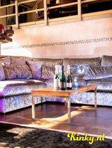 villa-weizigt-club-in-dordrecht-5cf6a7eec0720111be799c85