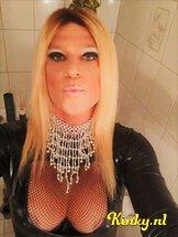 ts-melissa-glamour-prive-ontvangst-via-kinky-60d24a87e29eed55f5e43854