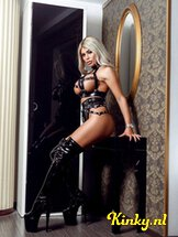 mistress-beatrice-bdsm-via-kinky-61434618cce4d106a6751a5b
