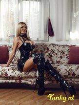 mistress-melissa-bdsm-via-kinky-5db6ef317702136f95ef161a